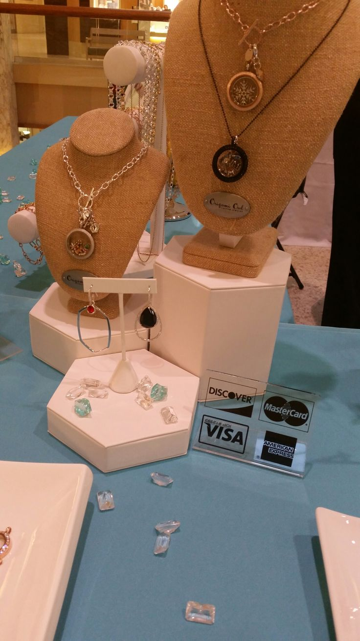 How to create a origami owl display