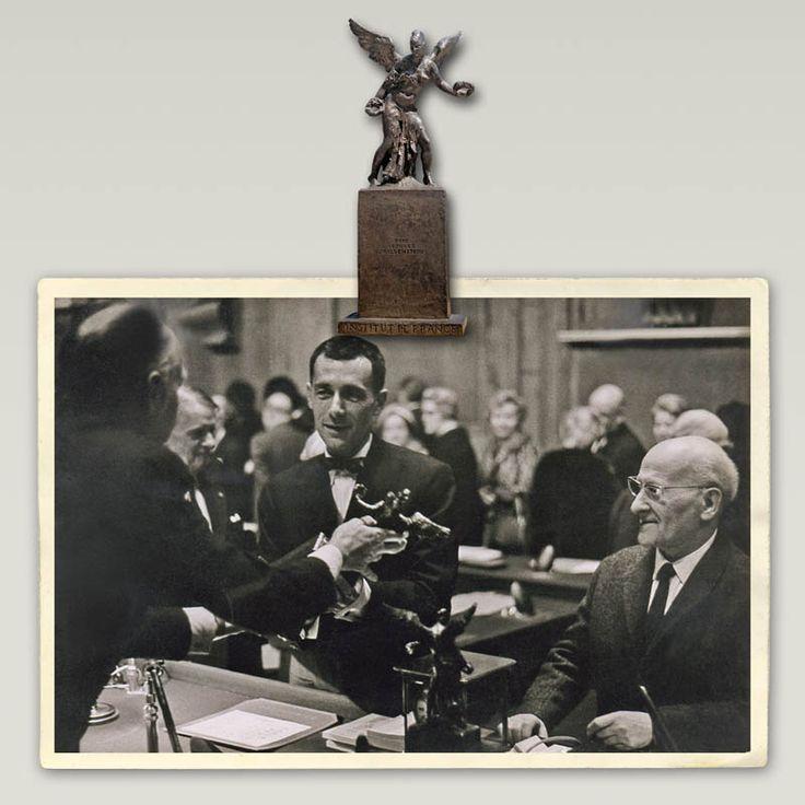 """""""L'Académie des Beaux-Arts"""" de l'Institut de France décerna en 1968 à LEON INDENBAUM (1890-1981) le prestigieux prix de sculpture """"Georges Wildenstein"""" pour l'ensemble de son oeuvre. Ce sculpteur russe, de religion juive, naturalisé français, né en Biélorussie est arrivé à Paris en 1911 à LA RUCHE. Il a participé au mouvement artistique ECOLE DE PARIS avec ses amis Marc Chagall, Chaim Soutine, Amedeo Modigliani, Diego Rivera, Leonard Fujita, Ossip Zadkine, Pablo Picasso, Alberto Giacometti…"""