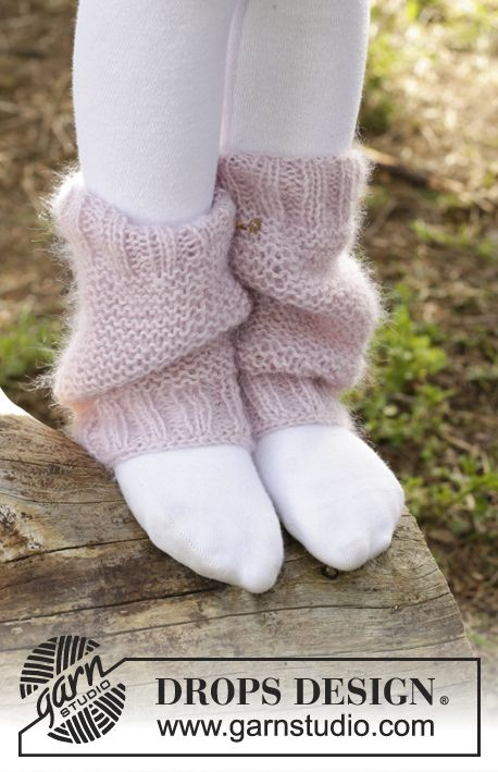 Watermelon Smoothie legwarmers for girls by DROPS Design. Free knitting pattern