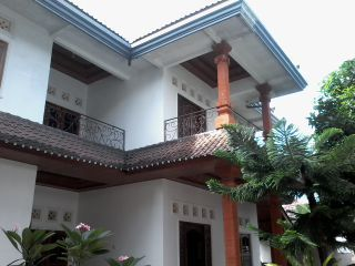 nice balcony so quiet place  with 3 rooms spacious each room has own bathtube  good for big family  also full AC each room  strategic place , just 7,500$ per year , minimum 2year  located at canggu kuta kerobokan  parking area , garden , garage  dwikadek@gmail / kristoven.blogspot.com +6281337781890 /+6287861661428  houserent1.blog.com / villarent.tumblr.com price 7,500$ per year minimum 2year