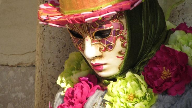 Alice in Wonderland Mask   www.kookyphotography.com