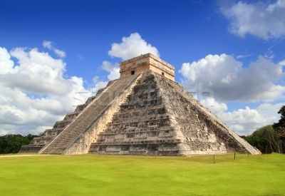 Ancient Chichen Itza Mayan pyramid temple Mexico Stock photo © lunamarina
