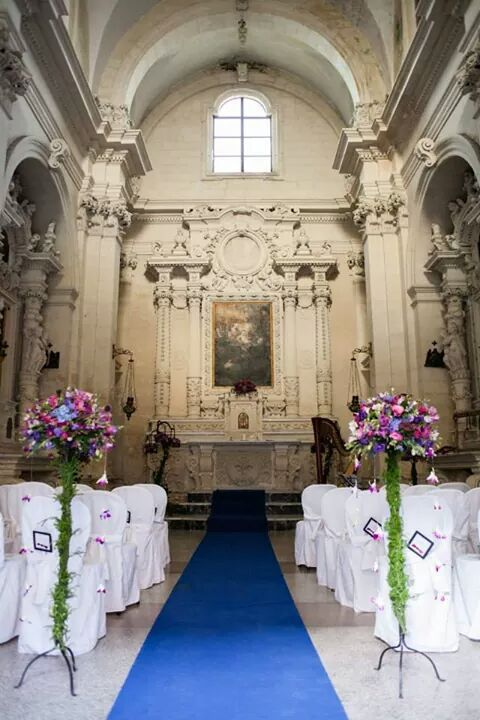 Civil wedding in a lovely italian chapel. by Michela & Michela wp www.italianweddingcompany.com