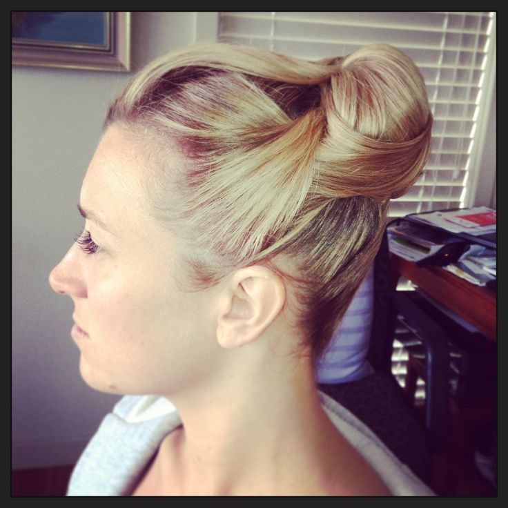 Smooth upstyle  Bridal Hair by Leisa Graham 0249633353 Newcastle Australia