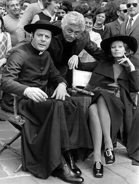 Marcello Mastroianni, Sophia Loren                                                                                                                                                                                 Mais