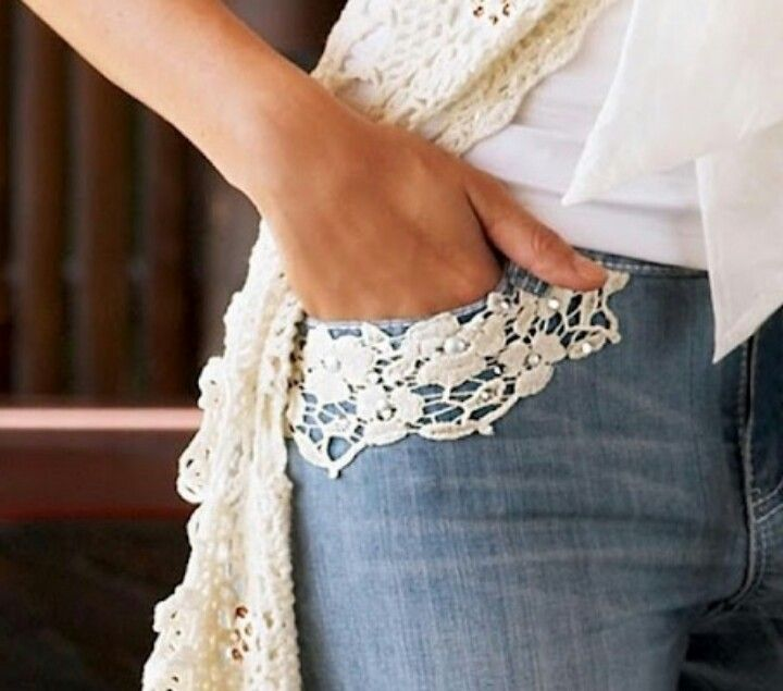 Denim & lace - want to do this to pockets on one pair of my jeans Más