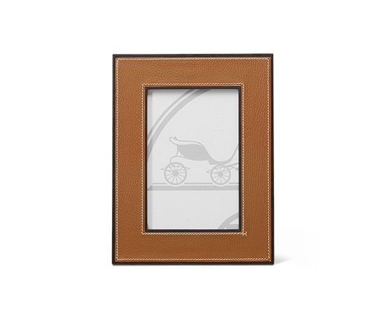 Photo frame PM in Javanese Rosewood and gold Mysore goatskin (frame dimensions: 17 x 21.5 cm, photo dimensions: 10 x 15 cm)
