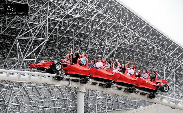 Ride the fastes rollercoaster in the world Formula Rossa, Ferrari World Abu Dhabi