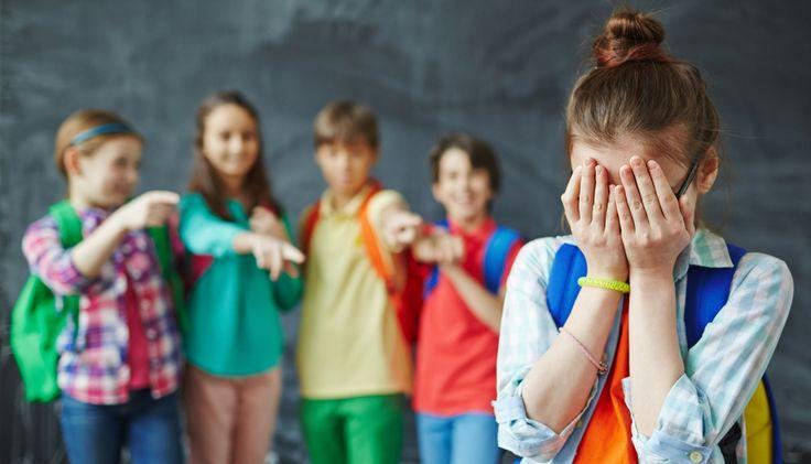 """""""Lei de combate ao bullying precisa vir acompanhada de educação digital""""  http://controversia.com.br/3935"""