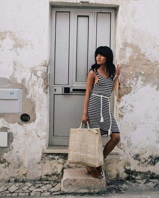 Simple striped summer dress and tote bag by Olivia Lopez from the blog Lust for Life