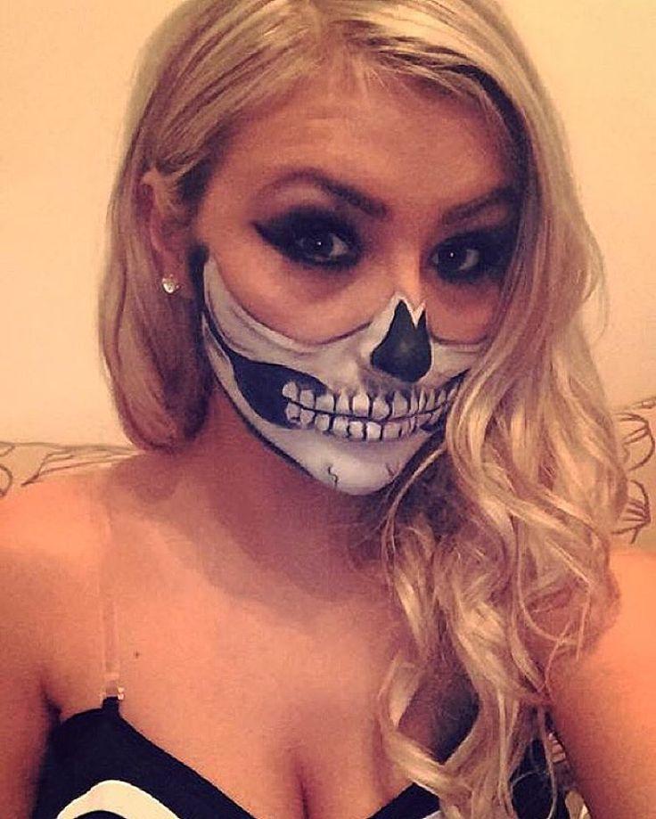 Halloween half skull makeup I did for the lovely @chels_jayh yesterday ☺️ #halfskull #skull #halloween2015