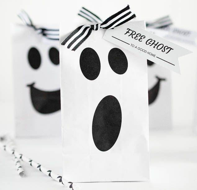 Halloween Ideas| Free printable halloween ghost gift bag
