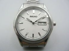 SEIKO Day Date Quartz Men's Watch – c.1990-2000