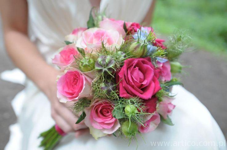 piękny różowy bukiet ślubny,  znajdziecie Państwo na www.artico.com.pl i www.facebook.com/artico.kwiaty Zdjęcie wykonane KingaPhoto #róż #kwiaty #ślub #wesele