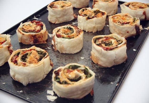 Cheese tomato and spinach scrolls recipe