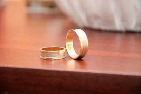 LOST-St Albans/HendonI lost my wedding ring on 24.09.2016.i was travelling from St Albans city to Hendon with Thameslink train. I could lost it on the train😭😭😭maybe someone could help me find it.