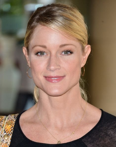 images of terri polo | Teri Polo Actress Teri Polo attends Hallmark Channel and Hallmark ...