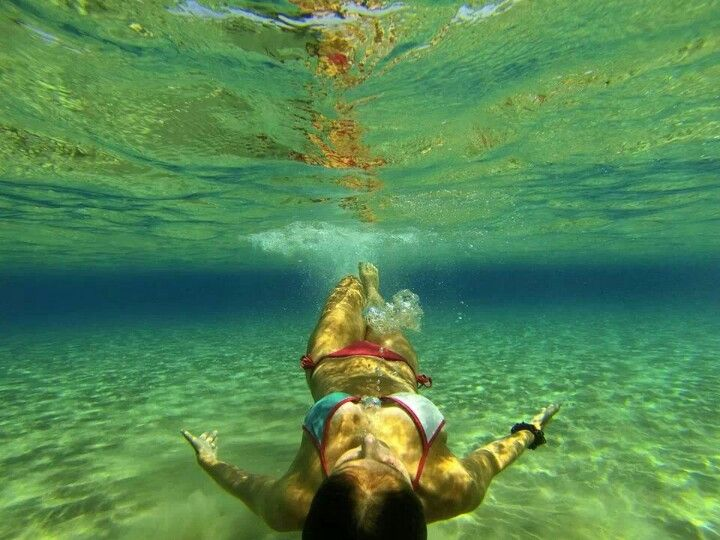 Cannot wait till it's summer to use my new GoPro Hero 3 underwater like this!!! Takes amazing photos