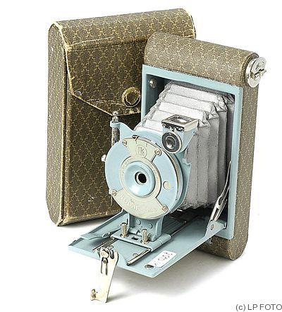 Kodak Eastman | model Vest Pocket model b |   Periscopic lens, 127 film. 4x6½ | 1925 1934