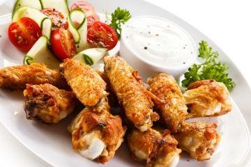 Ailes de poulet...sauce à l'ail et parmesan à la mijoteuse