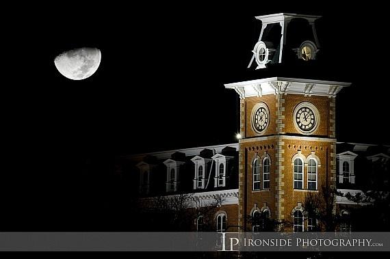 Old Main at night. Beautiful. (University of Arkansas. Pig Sooie!)