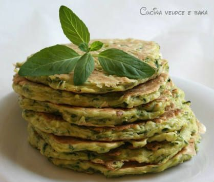 Pancakes salati alle zucchine e menta - Cucina veloce e sana