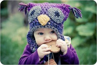 Le chiacchere di Simo... ricamo, maglia, uncinetto e cucito: cappello gufo