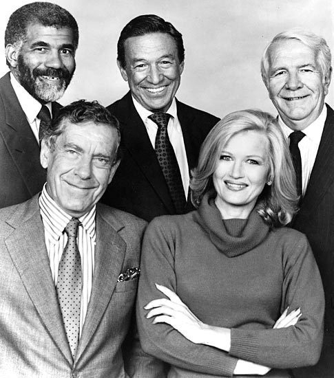 Mike Wallace People Places And Things Pinterest Diane Sawyer Mike Wallace And Cbs News
