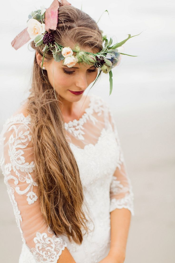 Wedding hair accessories christchurch - Chic Boho Beach Wedding Inspiration By Courtney Horwood Photography