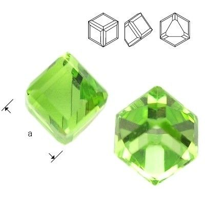 4841 Cube 4mm Peridot CAVZ  Dimensions: 4mm Colour: Peridot CAVZ 1 package = 1 piece
