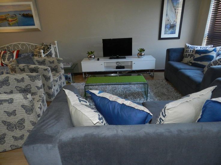 Villa Arte 5 in Jeffreys Bay, 2 Bedroom self-catering secure holiday accommodation just 300 metres from the beach. Sleeps 5. See More:  http://www.where2stay-southafrica.com/Accommodation/Jeffreys_Bay/Villa_Arte_5 #jeffreysbay #selfcateringholiday