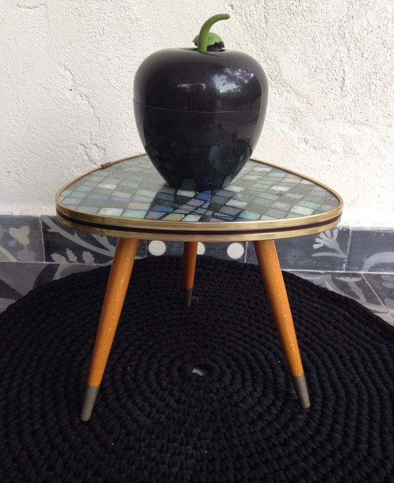 44 best images about tables basses on pinterest walnut - Table basse tripode vintage ...