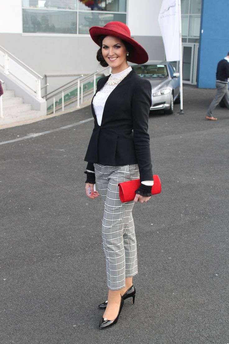 Emer Nash Ladbrokes Munster National at Limerick Racecourse. http://stylejump.com/2013/10/14/the-ladies-of-limerick-shine-at-the-munster-national/ — at Limerick Racecourse.