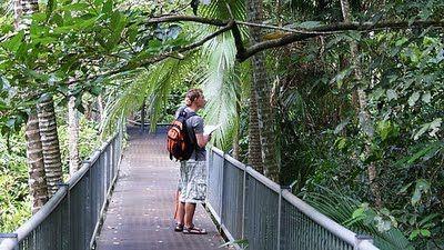FORTUNEWEBSITE: Most přes řeku Kwai Bridge on the River Kwai Theme...