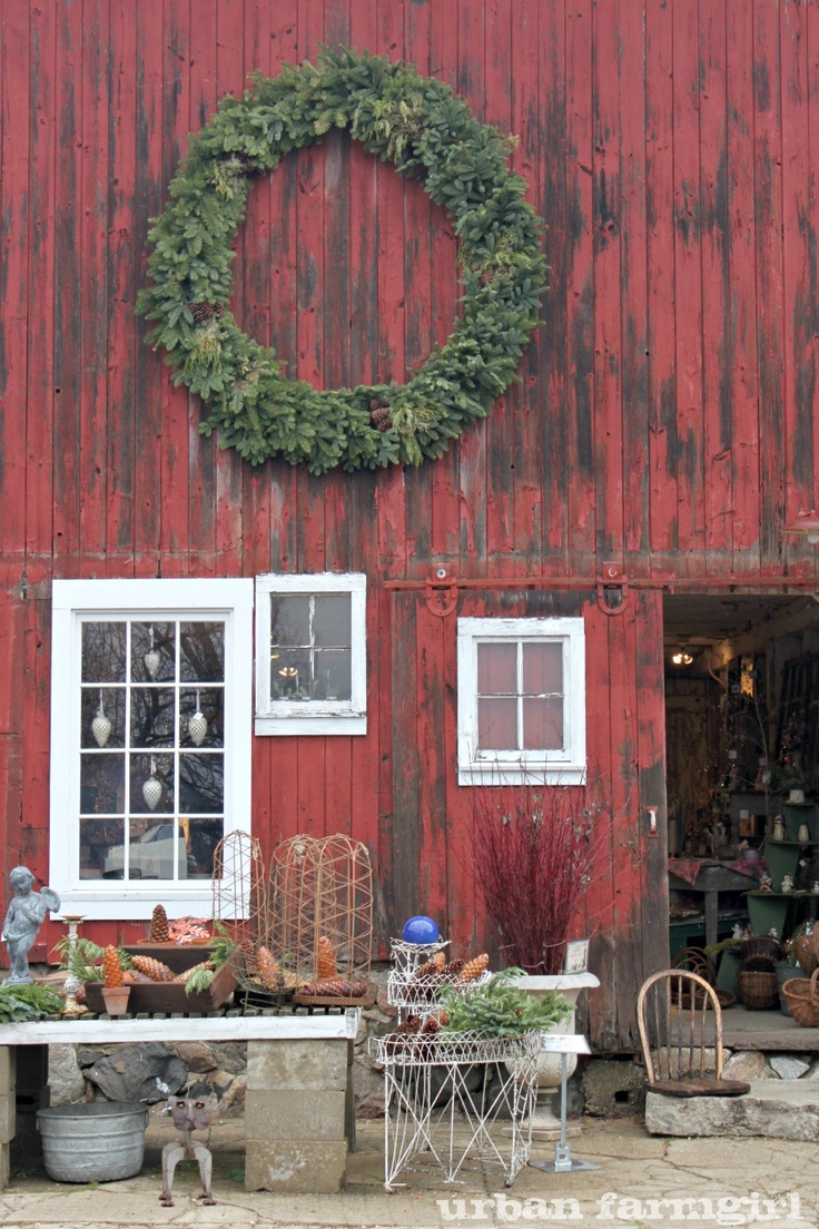 Wreath: Red Wall, Barns Houses, Farms 2012, Urban Farmgirl, Perennials Farms, Barns Shops, Windsor Chairs, Red Barns, Northwind Perennials