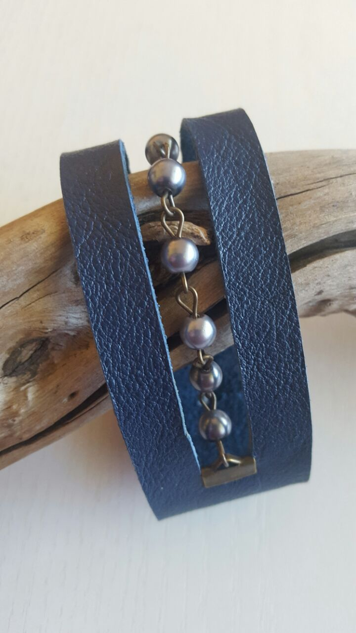 L42 R70.00 Navy blue genuine leather bracelet center cut out with beads and brass chain with button clasp fits wrist 17cm (6 3\4 inch)