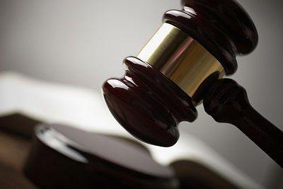 Gericht stellt fest: Arbeitszeit ist keine vergeudete Lebenszeit! +++ Birkenstock zahlte Frauen weniger Lohn +++ Arbeitgeber darf Detektiv nur bei konkretem Verdacht einschalten Die neuesten Urteile aus dem #Arbeitsrecht