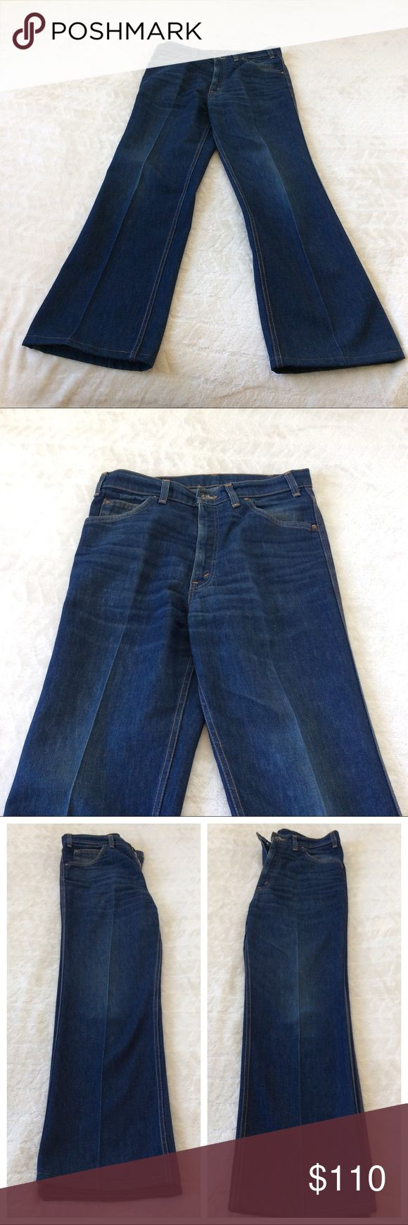Men's Vintage Movin' On Levi's with talon zipper Men's Vintage Movin' on Levi's are in wonderful condition. Features a permanent crease down each leg. Bright blue and orange Movin' On tag on the left pocket. Levi's Jeans Bootcut