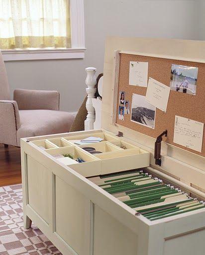 Bench file cabinet. Great space saving idea. Better than a file cabinet taking up space in a closet! Absolutely genius for my future home office... In beide Richtungen klappbar machen und schon haben wir einen Tisch