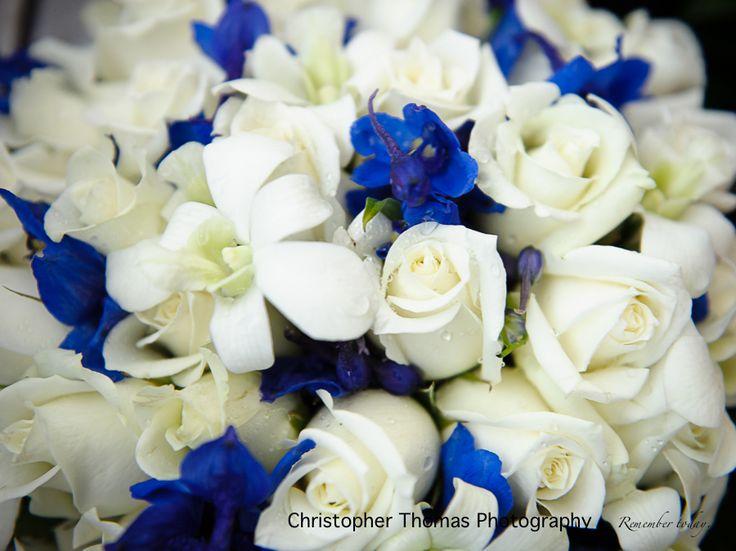 Brisbane Wedding Photographer - white and blue wedding flowers, Christopher Thomas Photography