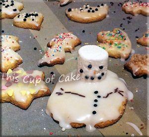 simple cookies with lemon icing