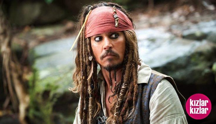 Johnny Depp İflasın Eşiğinde! 😮  Detay: http://kizlarkizlar.com/johnny-depp-iflasin-esiginde/