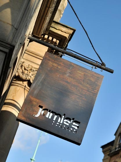 Jamie's Italian in Cambridge. Visited in May 2012. Marvellous setting. Food not bad.
