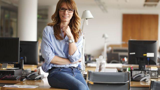 assurance confiance en soi 10 conseils pour enfin gagner en estime de soi places en place. Black Bedroom Furniture Sets. Home Design Ideas