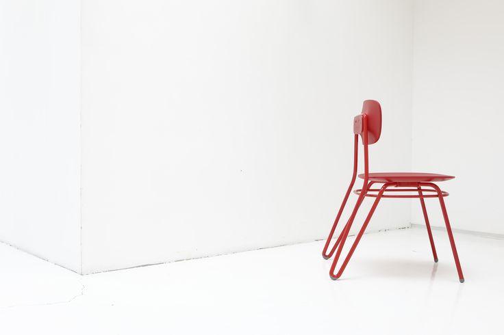 Moth chair designed by BKID  #Moth #Steel #Wire #Chair #interior  #Red #BKID #BKIDSTUDIO #송봉규 #bongkyusong