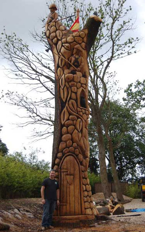 Tree Carvings | Nick Speakman. Tree and Stump Chainsaw Carver and Sculptor