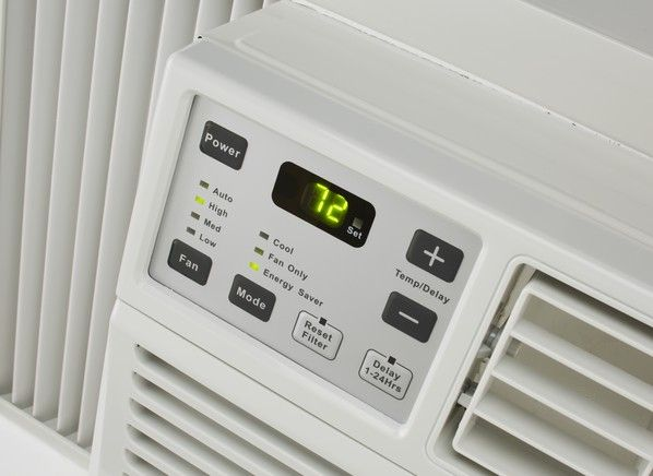 Size matters when you're buying a window air conditioner. Buy too small and it will struggle to keep the room at a comfortable temperature; buy too big and and the room will cool too quickly without removing enough humidity from the air. Buy just right and you'll be comfy and save money too. At Consumer Reports, we test air conditioners in the size rooms that they're intended to cool. Here are the best small, medium, and large window air conditioners from our tests.