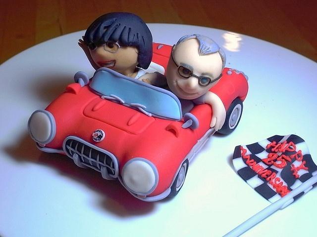 Fondant Corvette cake topper by bittle, via Flickr