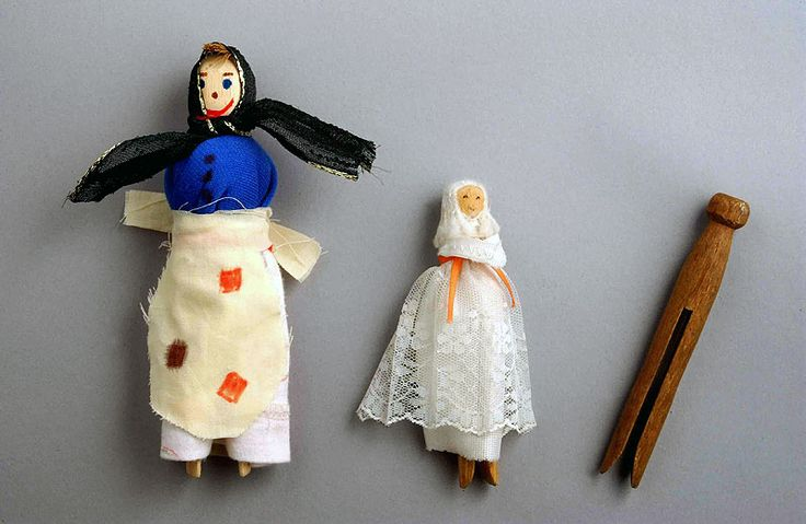 """""""The tradition of making peg dolls out of wooden clothes pegs comes from a time when people had little money to spend on toys. When toymaking stopped during World War 2, children would make toys from items they found in and outside their homes."""" – the National Museum of Wales."""