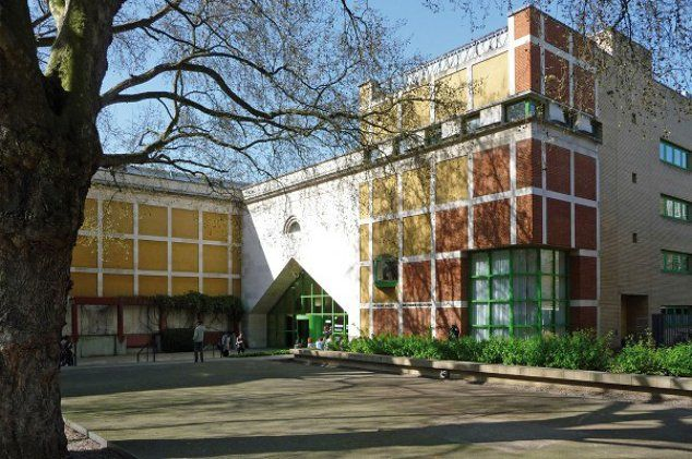 clore gallery westminster england james stirling